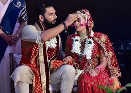 India Tv - Yuvraj, Hazel- India TV