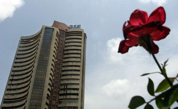 Sensex ends 2016 with a cheer, rises above 290 points