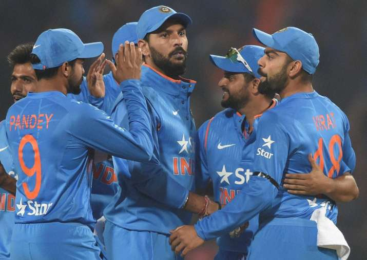 India triumph over England by 5 runs, level series 1-1