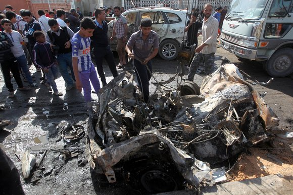 35 dead, 61 hurt in Baghdad car bomb explosion