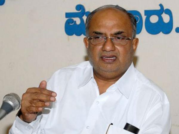 Karnataka minister dies of heart attack
