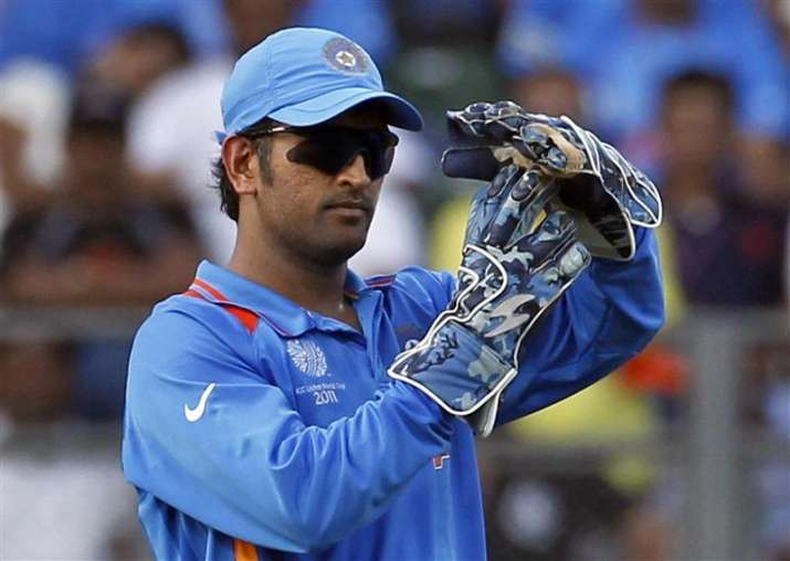 When M S Dhoni forgot he is not captain anymore