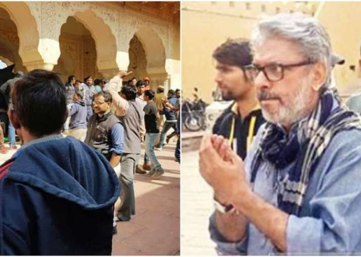 India Tv - Sanjay Leela Bhansali should sue Karni Sena workers, says Rishi Kapoor