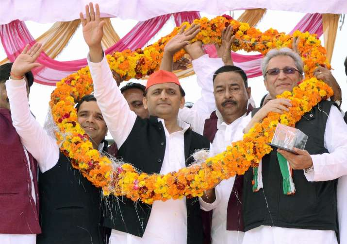Akhilesh Yadav is most talked about candidate on Facebook