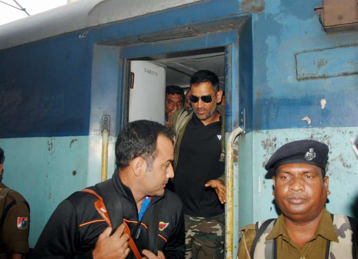 India Tv - MS Dhoni travels in train 13 years