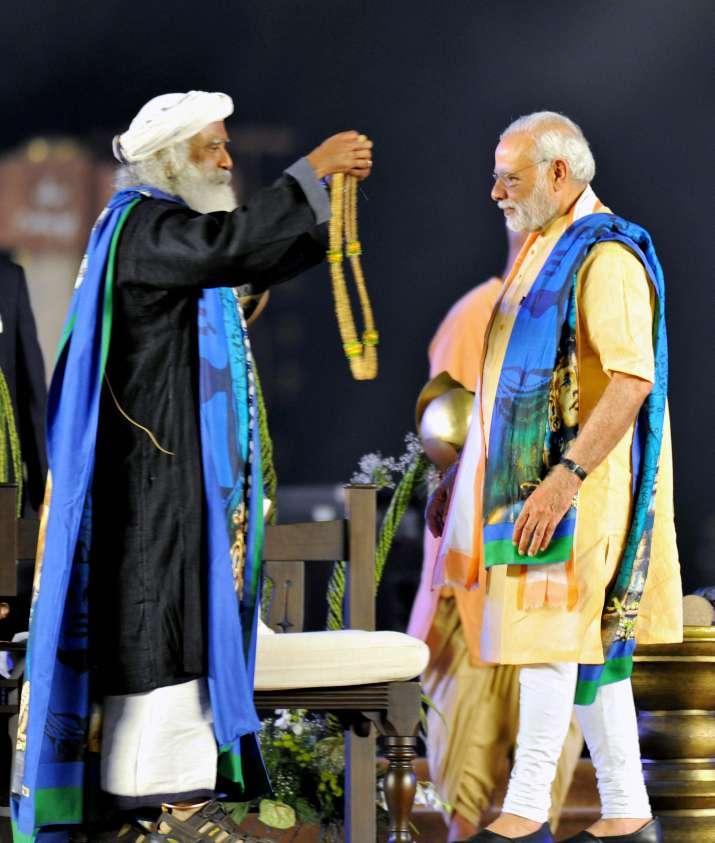 India Tv - PM Modi unveils 112-feet tall Lord Shiva statue 'Adiyogi' in Coimbatore