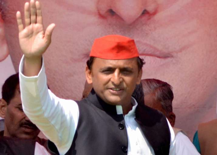 Akhilesh Yadav addressing an election rally in UP