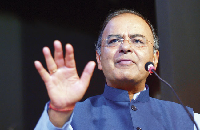 Fiscal deficit to be contained at 3.2 pc in FY18: FM