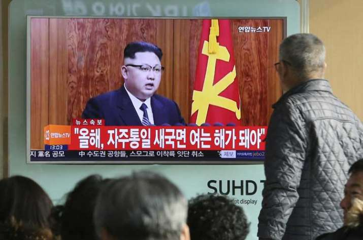 South Koreans watch North Korean leader Kim Jong Un's New