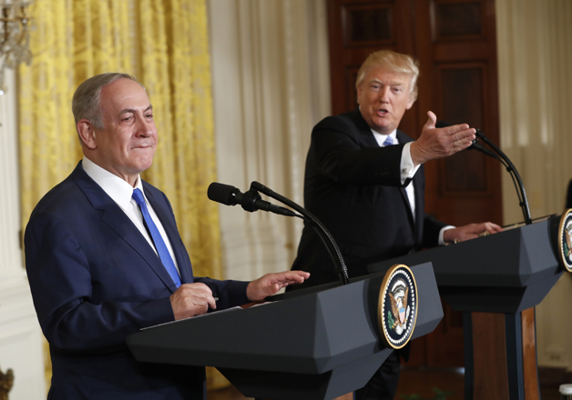 Donald Trump and Benjamin Netanyahu participate in a joint