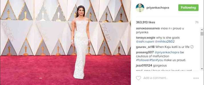 Oscars Priyanka Gets Trolled On Twitter For Her Dress Fans Compare It With Kaju Katli Bollywood News India Tv