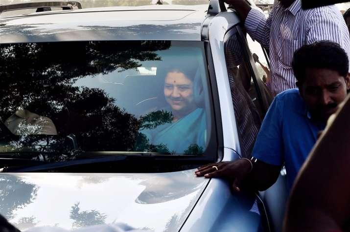 SC verdict in Sasikala DA case unlikely on Monday