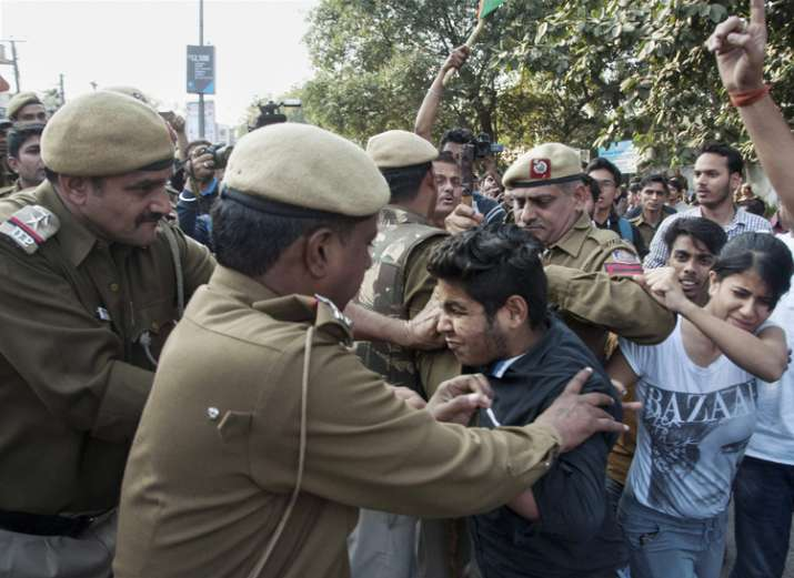 Clashes between ABVP and AISA at Ramjas college