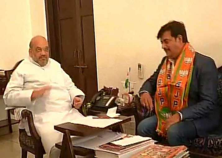 Ravi Kishan today joined the BJP in presence of Amit Shah