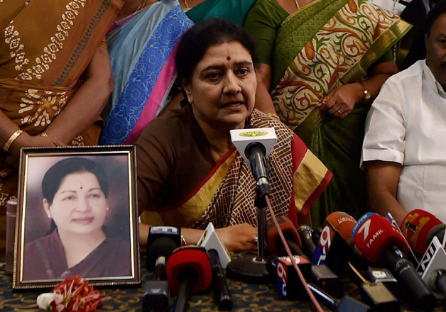 Sasikala briefing the press along with party's MLAs