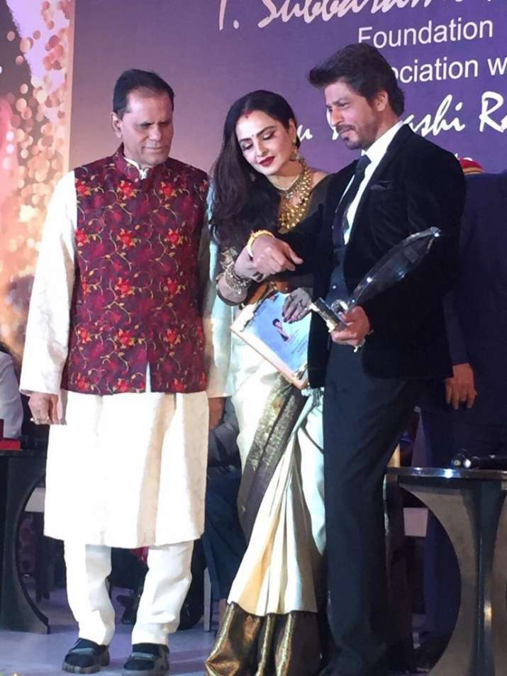 Shah Rukh Khan honoured with Yash Chopra Award