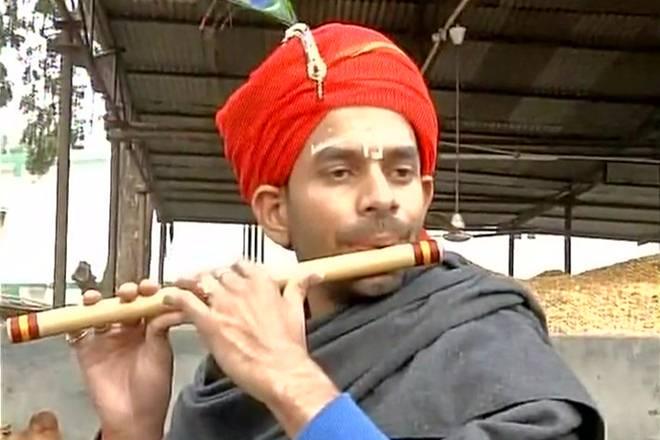 After Lord Krishna, Tej Pratap dons 'jalebiwala' avatar