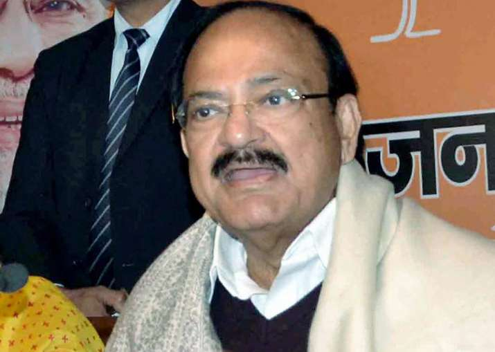 Naidu accused Cong, Left of giving different colour to