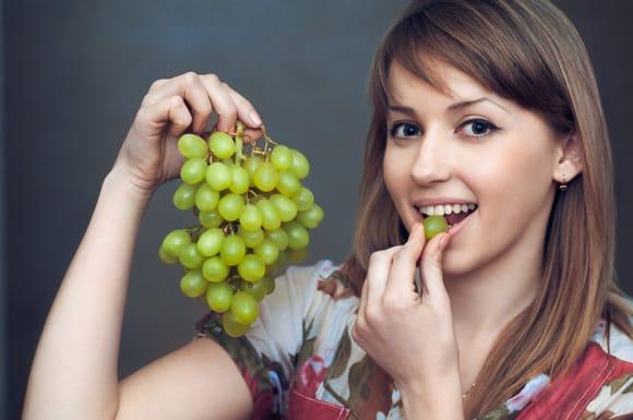 grapes,nari