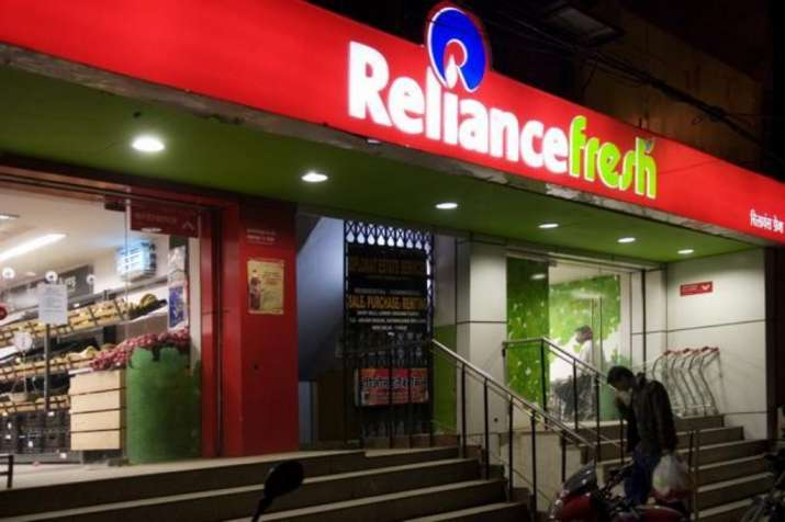She saw her Dream Guy at 'Reliance Fresh' store! Now