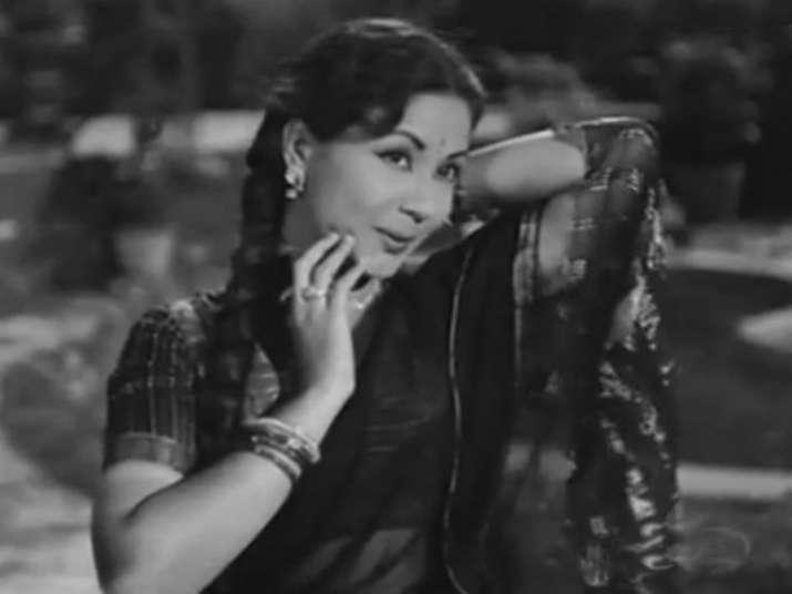 Remembering Meena Kumari on her death anniversary