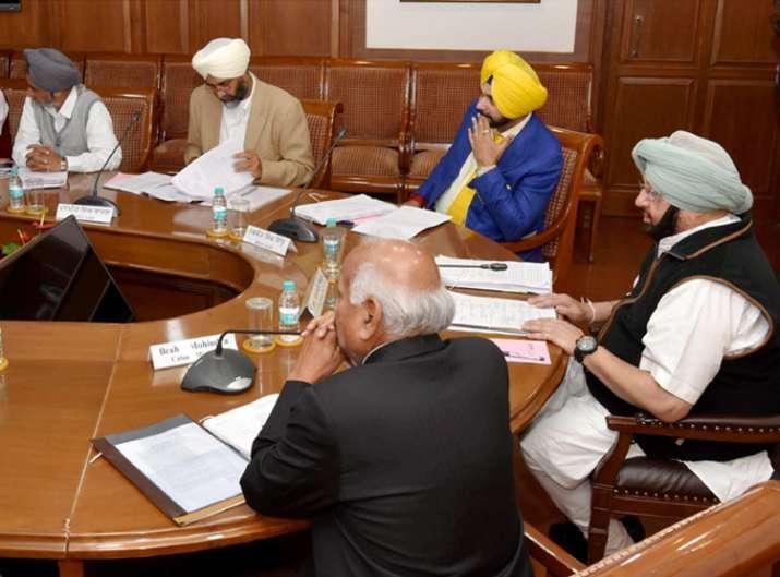 Amarinder Singh govt to end VIP culture in Punjab