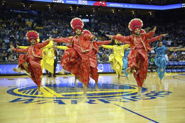 Bhangra Empire hits NBA halftime
