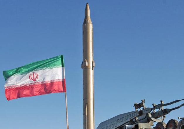 Iran snubs US threat, successfully test-fires ballistic