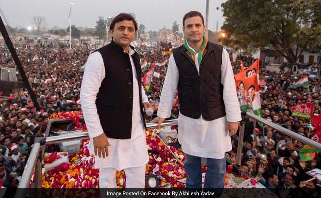 Akhilesh-Rahul hold joint road show in PM Modi's bastion
