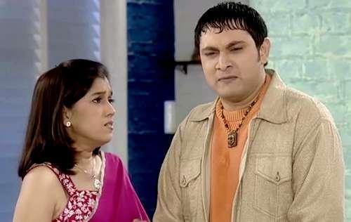 India Tv - We still wonder how did Maya Sarabhai kept her calm with Rosesh