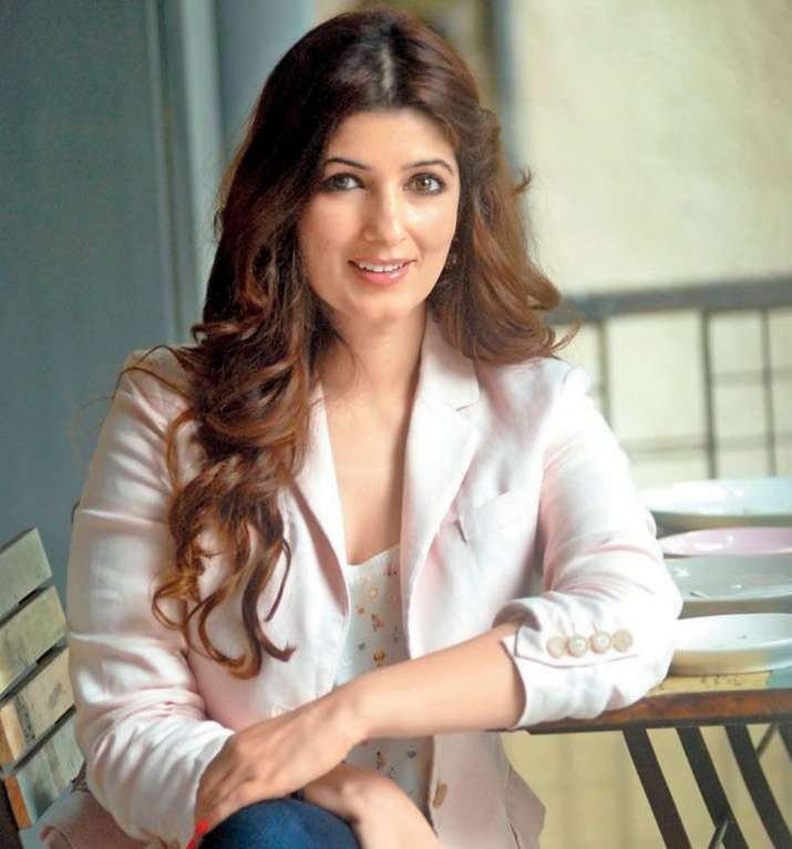 Twinkle Khanna speaks up about husband Akshay Kumar's Pad ...