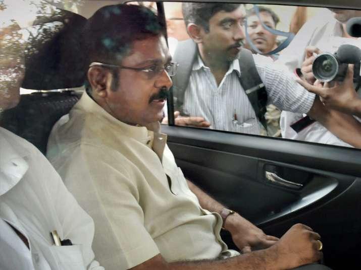 Delhi Police grills TTV Dinakaran for 7 hours