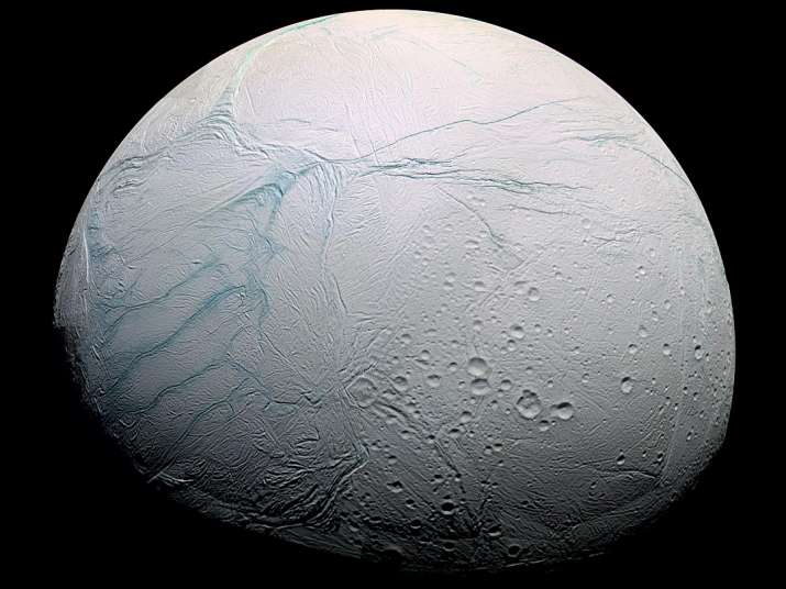 Saturn moon Enceladus has necessary conditions needed for