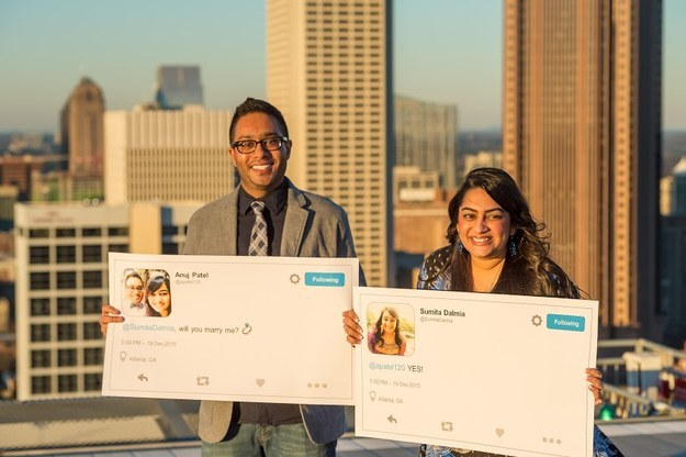 India Tv - This couple met on Twitter and had a jaw-dropping Twitter-themed wedding