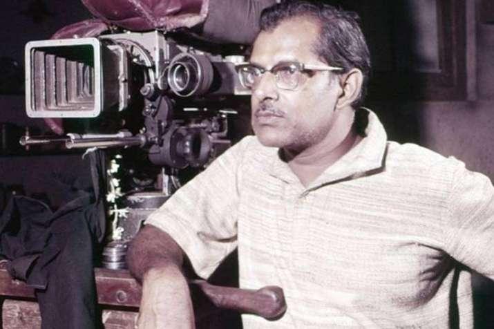 India Tv - Hrishikesh Mukherjee