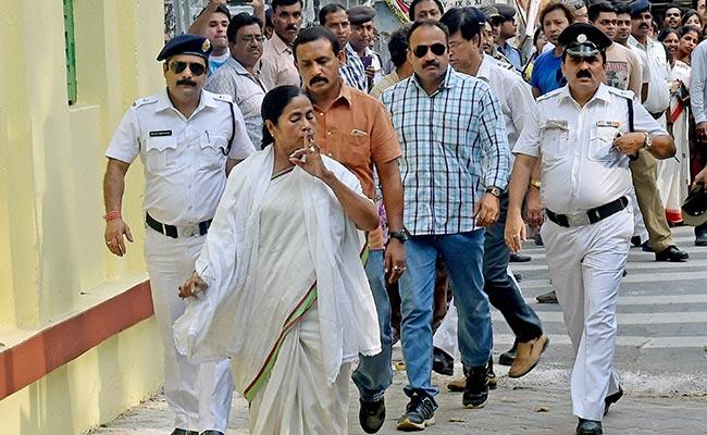 Narada sting case: BJP demands resignation of 12 TMC
