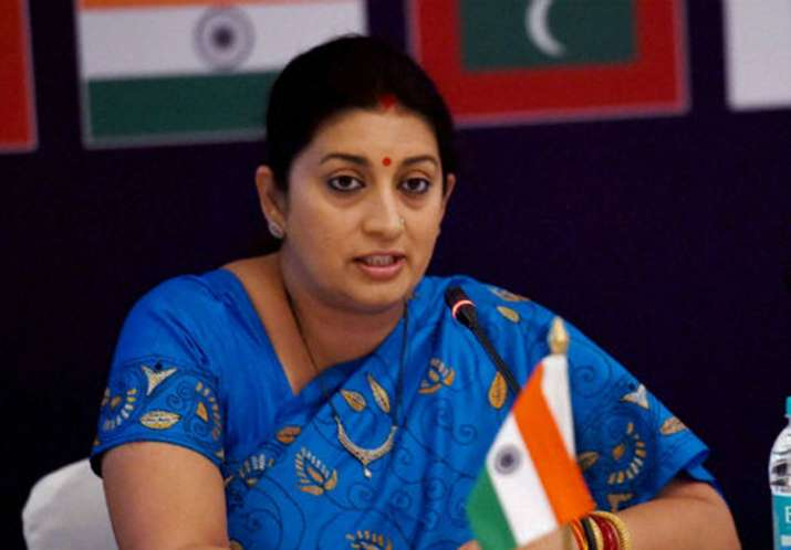 Four detained after Smriti Irani alleges they chased her