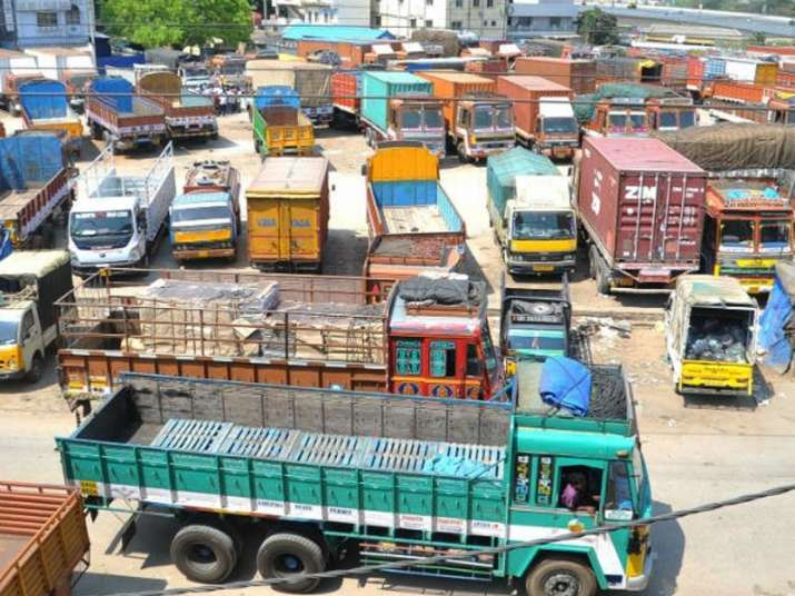 Truckers to intensify strike against hike in insurance