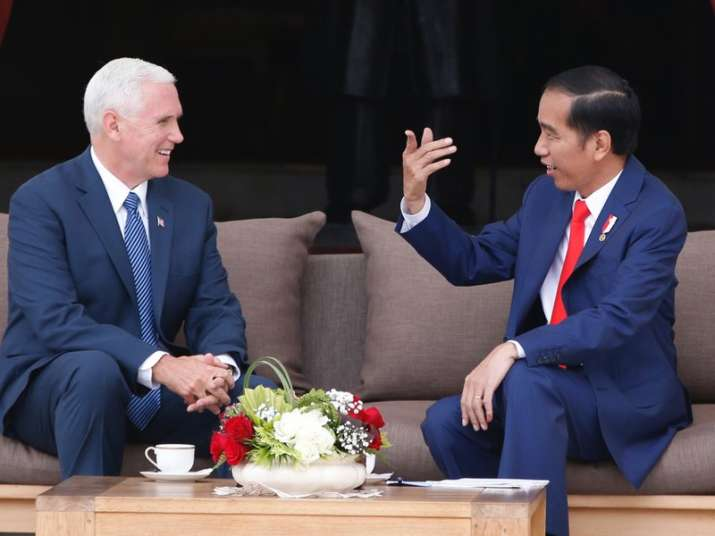 Mike Pence with Indonesian President Joko Widodo