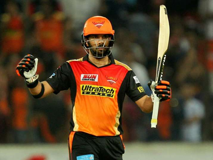 Yuvraj of SRH celebrates his fifty runs during the first