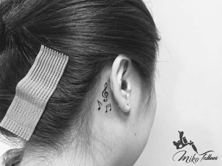 Forget Piercing These Ear Tattoos Are Getting Viral On Instagram