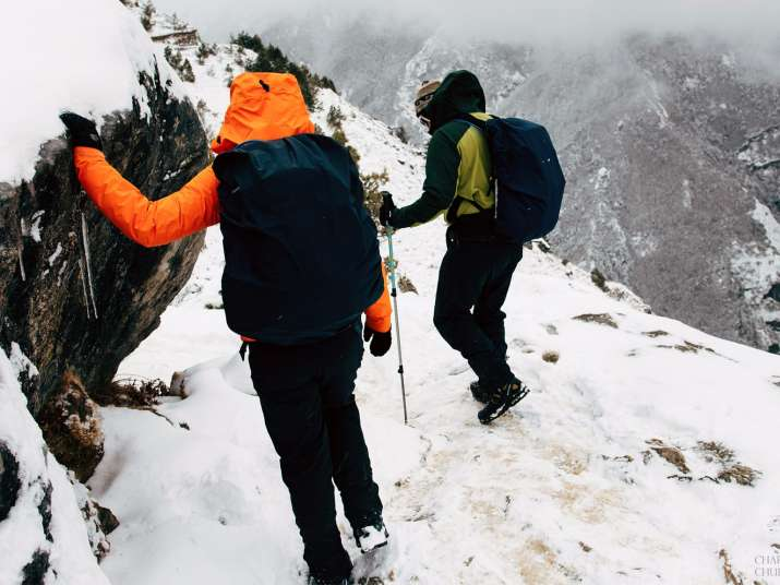 India Tv - Thrill-seeking couple gets married at the top of Mt. Everest! Check the stunning