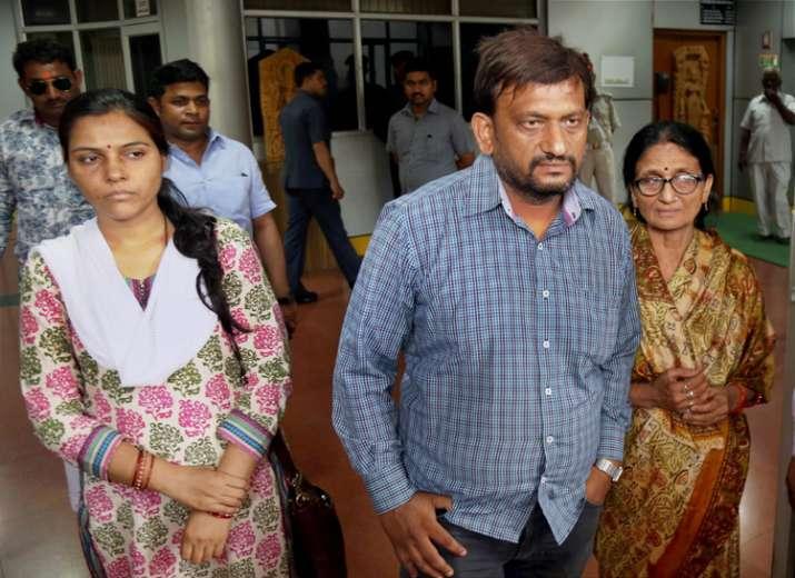 Family members of Anurag Tewari after meeting CM Yogi