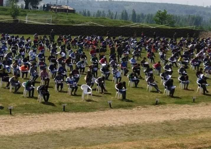 800 Kashmiri youths appear for Army exam