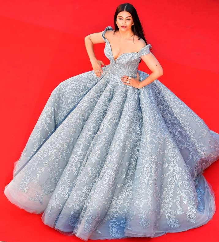 India Tv - Cannes 2017 Aishwarya Rai looks straight out a fairy tale inblue ballroom gown