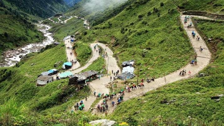 India Tv - 14 km uphill trek from Gaurikund to kedarnath