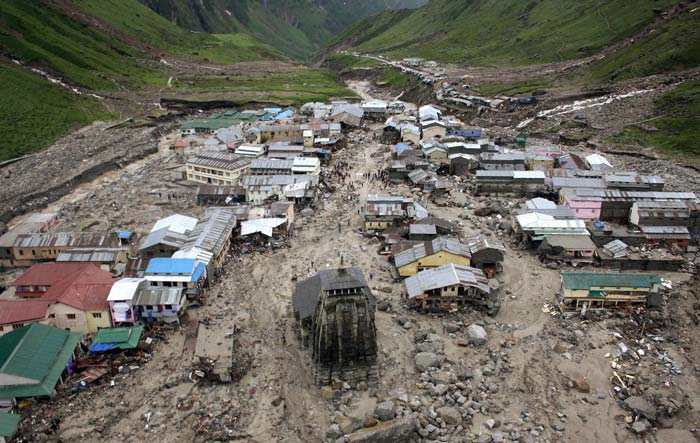 India Tv - Flash floods at kedarnath 2013