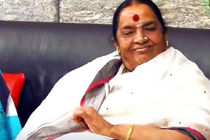 Parvathamma Rajkumar, veteran Kannada film producer, dies