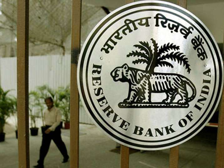 RBI asks taxpayers to pay dues in advance