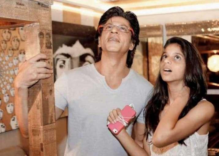 India Tv - Suhana Khan, SRK